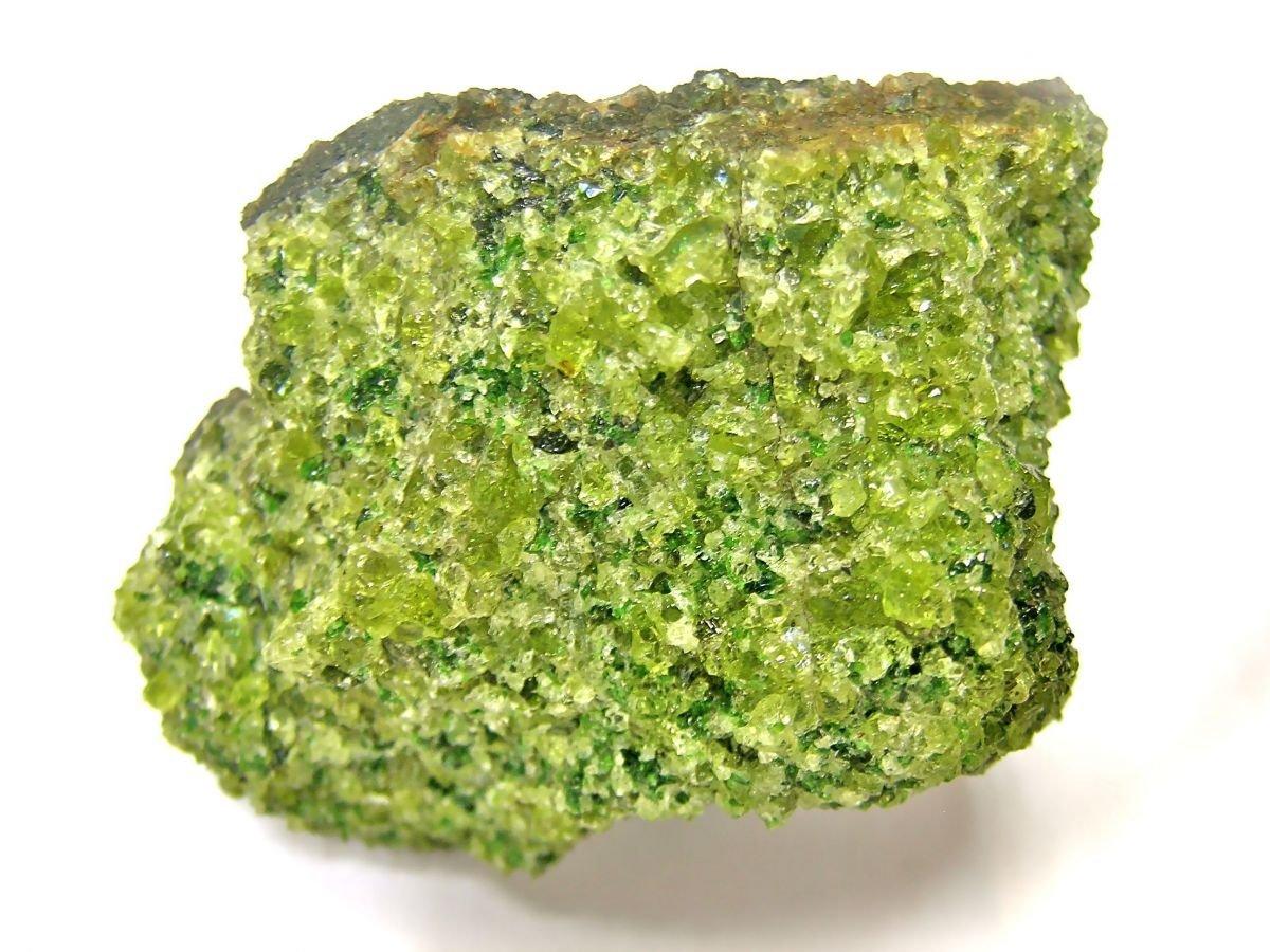 lava olivina